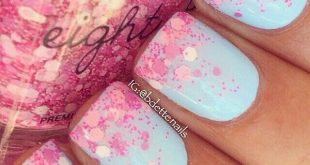 47 Playful glitter nails that radiate from every angle