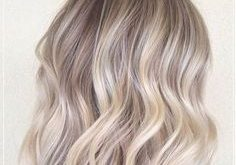 Do you already know Scandi Waves? A completely new technique with the straightening iron makes the ...
