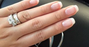 Rounded square nails - How to choose the best nail shape (2)