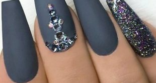 The latest ideas for acrylic nail designs are so perfect for fall! Hope you can in ...