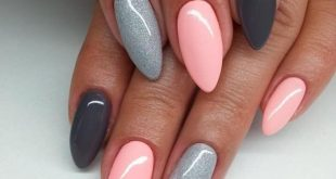 nails nature pink, long pointed nails, light pink in combination with gray