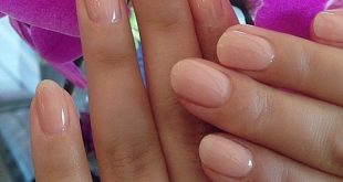 Look for round acrylic nails that are great for your ...
