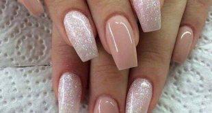 Latest Acrylic Nail Design Ideas to Try 09 # Beautiful Acrylic Nails This Year