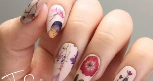 Design of pressed dried flowers Nail Water Slide by jsfrnNailArt
