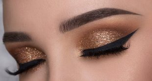 Eyes make up guide, New Year's Eve make-up with golden glitter