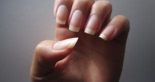 How to grow beautiful and healthy nails naturally. Longing for natural b ...