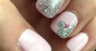 More than 40 fun and easy ideas for Disney Nails give you a fairy tale world