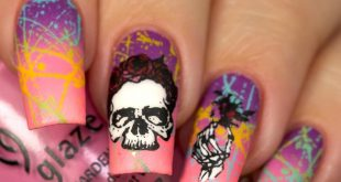 Skull mani?! Yesss I used  Feel the breeze, Gothic lolita, Float on, Dance baby,