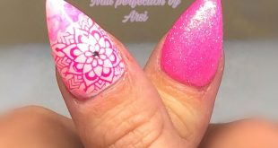 Summery pink with glitter and pink as stampi