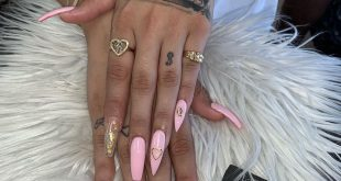 Baby pink matching w her toes  / Appointments required and booked only through D