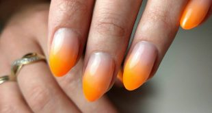 summer  The clean ombre that goes perfectly  And not a stain at the end of the nail