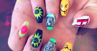 CRAZY TIE DYE HAND PAINTED RIG NAILS WITH ACID HOUSE SMILEY AND OTHER STUFF ALL