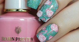 Continuing the theme of the tropics with tiles ID: NICOLE DIARY Stamping Plate Tropical 089