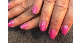 CND Shellac in the new colour psychedelic and lecente baby pink glitter  so pret