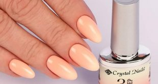 The gel polish that changes its color, just like a chameleon!   A real favorite