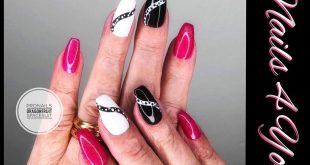 A popular Pronails color with white / black Oxie SK-twist!