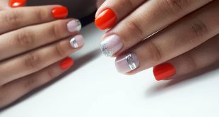 A summer mix in coral color and silver glitter details Sustainable