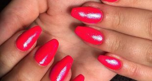 B R I G H T  A N D  S P A R K L I N G  Gel nail extensions using forms and BIAB