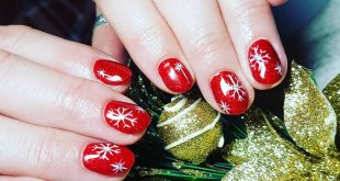 First set of Christmas nails this year is done  Welcome in Christmas season ! Be