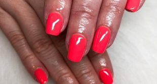 Last night's nails! The gorgeous Twiggy which is a new neon coral I've just adde