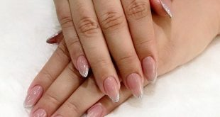 Acrylic with Gel french . . Sukhumvit Branch 49 T. 02-6627794 (The 49 Terrace) S