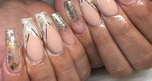 """Her """"mature nails""""  • • • •"""