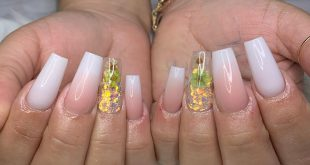 Hermoso ombre nails....