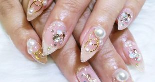 Diamonds and pearls are a girl's best friend   Nails by Lhet  Book an appointmen