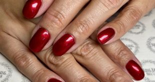 Gorgeous holiday red!