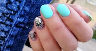 Here's an idea for a summer manicure Photo from the archive) . . . . . . . . .