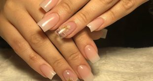 - Products used:  mixture of Pink and Natural acrylic,  Clear Acrylic,  flowers