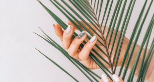 We won't let you go on vacation without a beautiful manicure  Recording by phone (098) 012 34 24