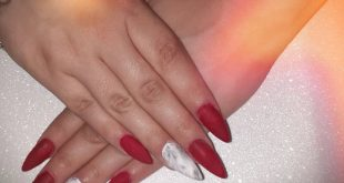 Rojo matte General Chat Chat Lounge ♤ efecto marmol Lo blooming gel