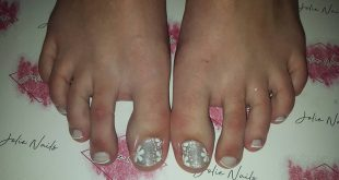 Semi-permanent enamelled feet with freehand design Francesitas with brill