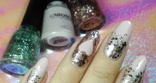 Another look at my nails.  I used the shades Primrose, Limelight, and Fantasia f