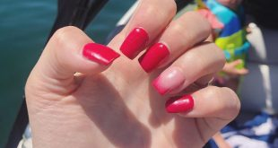 Red nails in action