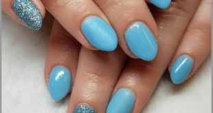 Shout out to  for always having cute simple nail ideas  Tag a friend that likes