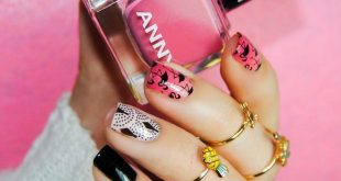 Vibrant pink mani by  using our Tropical collection!  Is it already getting warm