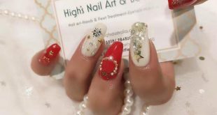 Get ready for Christmas. High's Nail Art & Beauty, shop 1032 Level 1 Westfield D