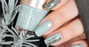 Gorgeous muted mani by   Who's in love with this colours combo? ⠀ ⠀  Plates - Sc