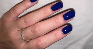 What I currently have on my nails. I'm using Bio Seaweed Gel in 205 Marine. I'm