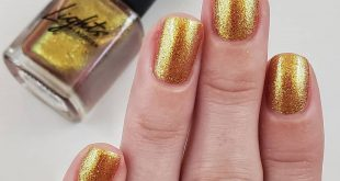 Lights Lacquer - GRL PWR  3 coats  Uhhhhh this freaking polish is stunning. It s
