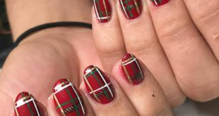 By Traci  Are you in the holiday spirit yet?  • •  • • •