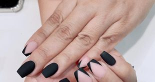 Matte nails are definitely in trend for this holiday season!