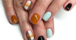 A new color way on a  plaid inspo  I could do this plaid 100x over it's so satis